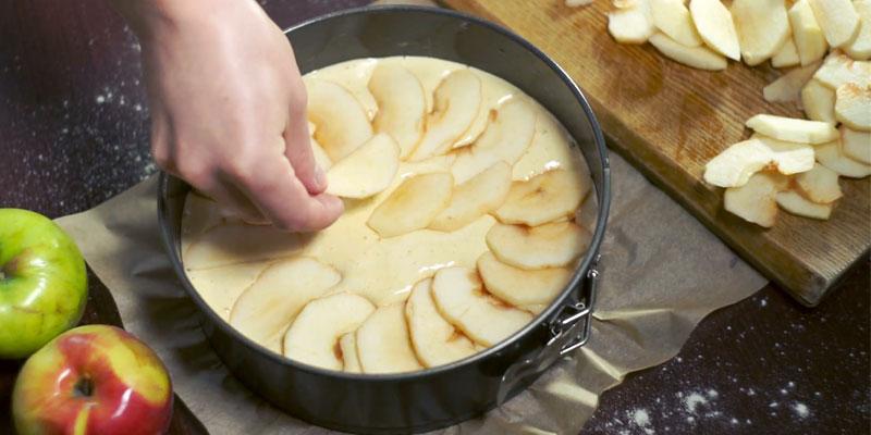 تهیه غذا با سیب