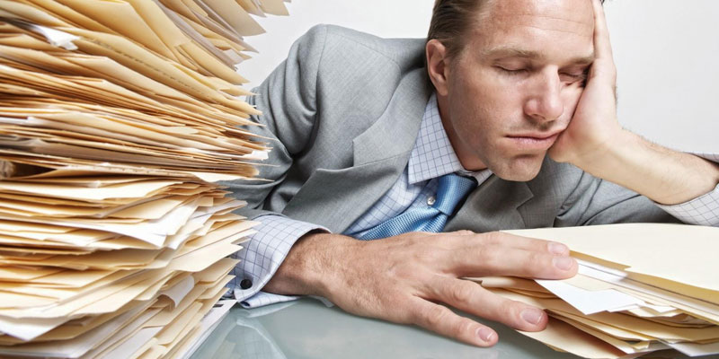 خواب ناکافی باعث افزایش وزن می شود.