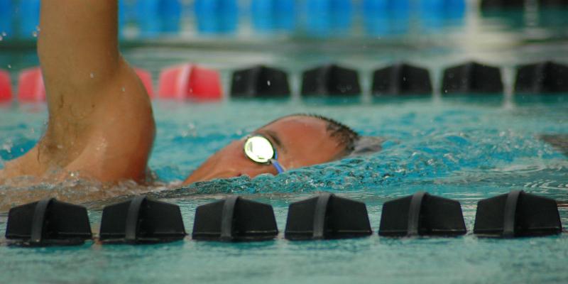 تمرینات استقامتی شنا