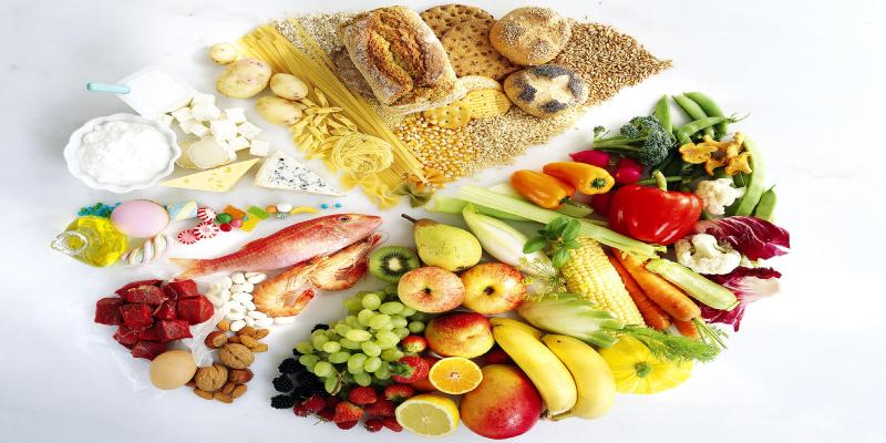 غذاهای غنی از پروتئین و غذاهایی با چربی سالم میل کنید
