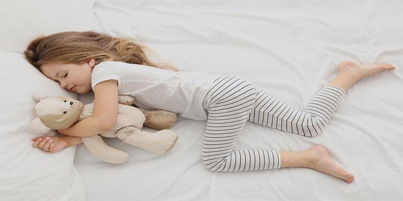 آیا-می-دانستید-خوابیدن-به-موقع-کودکان-سبب-افزایش-رشد-آنها-خواهد-شد؟