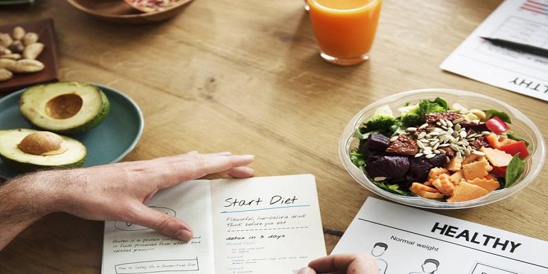 برای-لاغر-کردن-بازوها-یک-رژیم-غذایی-مناسب-داشته-باشید