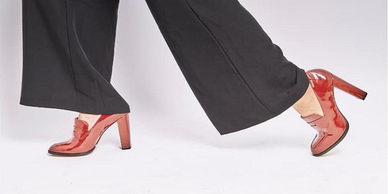 ارتروز-زانو-کفش-پاشنه-بلند.
